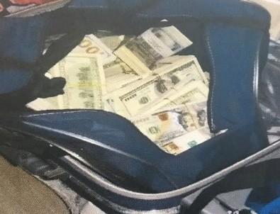 FETÖ'cü memurun evinde bavul dolusu para bulundu