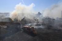 ALSANCAK - İzmir'de Korkutan Yangın