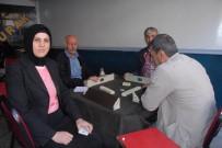 PROPAGANDA - Kadın Muhtar, Belediye Başkanı Gibi Çalışıyor