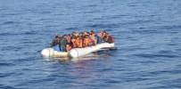 BOĞULMA TEHLİKESİ - Kuşadası Körfezi'nde Kaçak Gömen Operasyonu