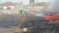 KARŞIYAKA - Otoparkta Çıkan Yangında 7 Araç Zarar Gördü