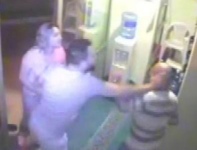Sela okuyan müezzine saldıran İzmirli tutuklandı