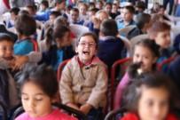 PATLAMIŞ MISIR - Sinemanisa'yla Çocuklar Sinemayla Buluştu