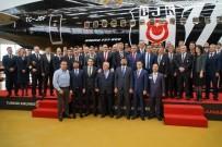SIYAH BEYAZ - Türk Hava Yolları'ndan Beşiktaş'a Özel Uçak