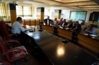 İSTİŞARE TOPLANTISI - Zabıta Trafik Amirliği İle Okul Servisi Yöneticileri İstişare Toplantısı Yaptı