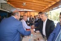 MUHTARLIKLAR - Birecik Belediye Başkanı Faruk Pınarbaşı Muhtarlarla Buluştu