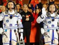 UZAY İSTASYONU - Çinli astronotlar uzay laboratuvarında