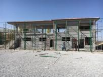 FUTBOL SAHASI - Fındıklı Yeşiltepe 1 Nolu Sahanın Yapım Çalışmalarını İnceledi