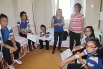 BAŞ DÖNMESİ - Hatay'da Öğrenciler Gıda Zehirlenmesi Şüphesiyle Hastaneye Kaldırıldı