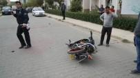EHLİYETSİZ SÜRÜCÜ - Lise Müdürünün Çarptığı Motosikletli Genç Öldü