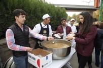 ESKIŞEHIR OSMANGAZI ÜNIVERSITESI - Odunpazarı Belediyesi Aşure Dağıtmaya Devam Ediyor