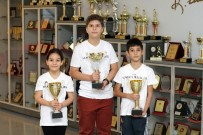 SATRANÇ - Özel Sanko Okulları Öğrencileri Satrançta 3 Kupa Kazandı