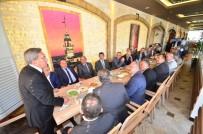 YıLDıRıM BEYAZıT - Pursaklar Belediye Başkan Çetin, Muhtarlar Günü'nü Kutladı