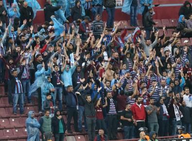TT Arena'ya Trabzonspor taraftarları da geliyor