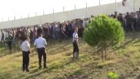 GAZİOSMANPAŞASPOR - Taraftarlar Birbirine Girdi!