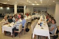 İSTİMLAK - Başkan Turgut'tan Personeline Kaynaşma Yemeği