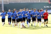 EMRE GÜRAL - Beşiktaş Maçı Hazırlıkları 3 Eksikle Devam Etti