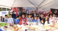 GENÇLİK VE SPOR İL MÜDÜRÜ - Gençlik Merkezlerinden 15 Temmuz Şehitleri İçin Kermes