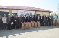 ZIRAAT BANKASı - Hisarcık'ta 29 Çiftçiye Macar Fiğ Tohumu Dağıtıldı