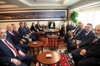 ALTıNOK ÖZ - Kartallı Muhtarlar, 19 Ekim Muhtarlar Gününü Başkan Altınok Öz'le Birlikte Kutladı