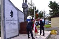 AYHAN DURMUŞ - Kartepe'de Muhtarlar Günü Kutlandı