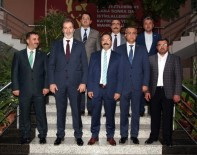 İŞADAMLARI - MÜSİAD Yönetimi Rektör Gür'ü Ziyaret Etti