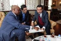 ANKARA BÜYÜKŞEHİR BELEDİYESİ - Ruanda Büyükelçisi Nkurunziza'dan Keçiören Belediye Başkanı Ak'a Ziyaret