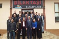 AK Parti Tanıtım Medya Başkanları Beşikdüzü'nde Toplandı
