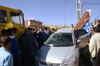 SOMUNCU BABA - Darende'de Kavşakta Feci Kaza Açıklaması 4 Yaralı