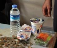 CUMA NAMAZI - Dilencinin Üzerinden Sipariş Verdiği Yemek Paketi Çıktı