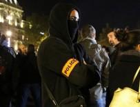 PROTESTO - Fransız polisinden Paris'te izinsiz gösteri