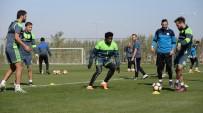 AYKUT KOCAMAN - Konyaspor'da Fenerbahçe Maçı Hazırlıkları Başladı