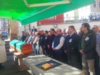 CEZAEVİ MÜDÜRÜ - Mantar Toplarken Ölü Bulunan Şahıs Toprağa Verildi