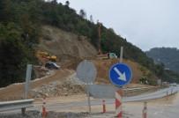 Of-Çaykara-Uzungöl Karayolu'nda 8 Ay Önce Meydana Gelen Heyelanla İlgili Çalışmalar Sürüyor