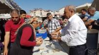 AŞURE GÜNÜ - Pazarcılar Odası Cuma Pazarı'nda  Aşure Dağıttı