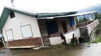 DEPREM - Rize'de 7 Ev Heyelan Tehlikesi Nedeniyle Boşaltıldı
