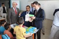 MEHMET MARAŞLı - Suriyeli Öğrencilere Kırtasiye Malzemesi Dağıtıldı
