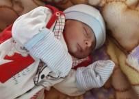 ONDOKUZ MAYıS ÜNIVERSITESI - 'Tuvalete Gidiyorum' Diyerek Bebeğini Terk Edip Kaçtı
