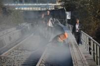 ONARIM ÇALIŞMASI - Demiryolu Köprüsündeki Kumlama Çalışmasında 'Toz' Tepkisi