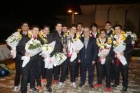 BAŞKENT ÜNIVERSITESI - Dünya Şampiyonu Hentbol Takımı, Türkiye Spor Ödülleri'ne Aday Oldu