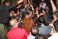 MEHMET SARI - İstanbul Barosu Genel Kurul Toplantısında Yumruklar Konuştu
