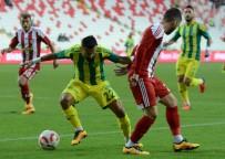 YÜKSELEN - Sivasspor Şanlıurfaspor'u 2 Golle Geçti