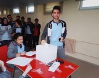 AHMET CAN - Vezirköprü Fen Lisesi'nde Başkanlık Seçimi Yapıldı