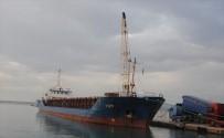 DENİZ KUVVETLERİ - Yan Yatan Geminin Mürettebatı Helikopter Operasyonu İle Kurtarıldı