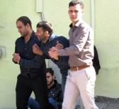 BAŞ DÖNMESİ - Baş Dönmesi Şikayeti İle Hastaneye Giden Suriyeli İşçi Öldü