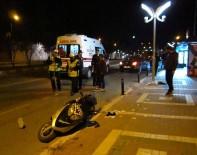 MOTOSİKLET SÜRÜCÜSÜ - Bilecik'te Trafik Kazazı Açıklaması 2 Yaralı