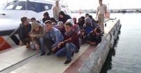 KAÇAK - Denizin Ortasında Mahsur Kalan 57 Göçmen Kurtarıldı