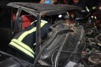 ALKOLLÜ SÜRÜCÜ - Konya'da İki Otomobil Kafa Kafaya Çarpıştı Açıklaması 4 Yaralı