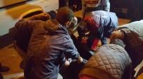 MOBESE - Kuşadası'nda Motosiklete Çarpıp Kaçan Otomobilin Sahibi Yakalandı