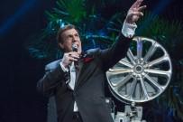 ULUSLARARASI ANTALYA FİLM FESTİVALİ - Ödül Gecesinde Robert Davi Performansı Sürprizi